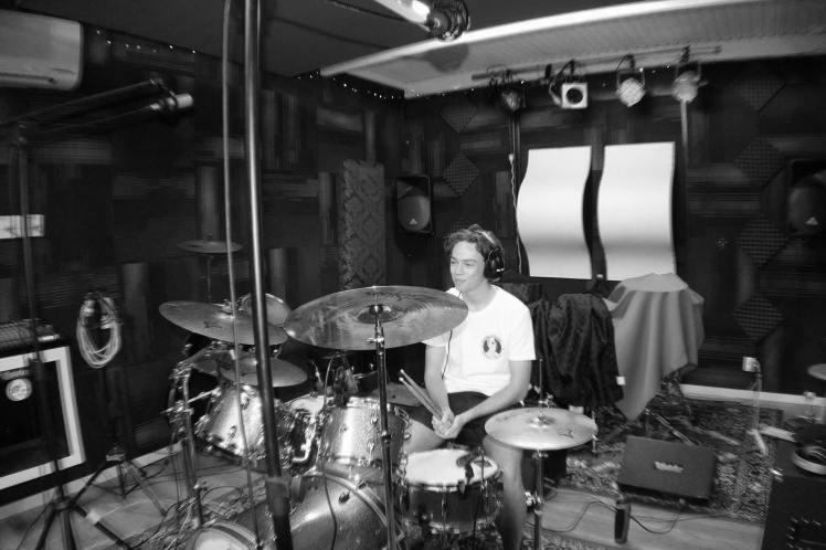 ash drums bw-min